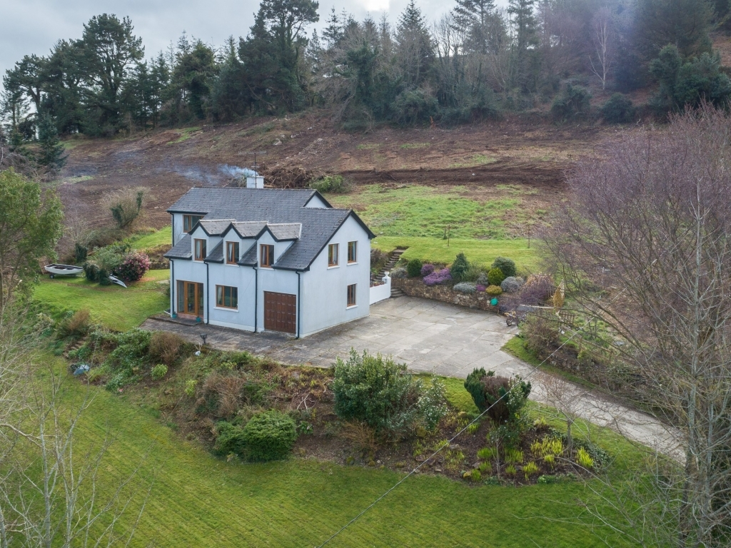 Cullen-Lower-Kilbride-Front-of-house